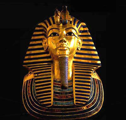 Gold mask of Tutankhamon, by tradition's aesthetic-spiritual design principles